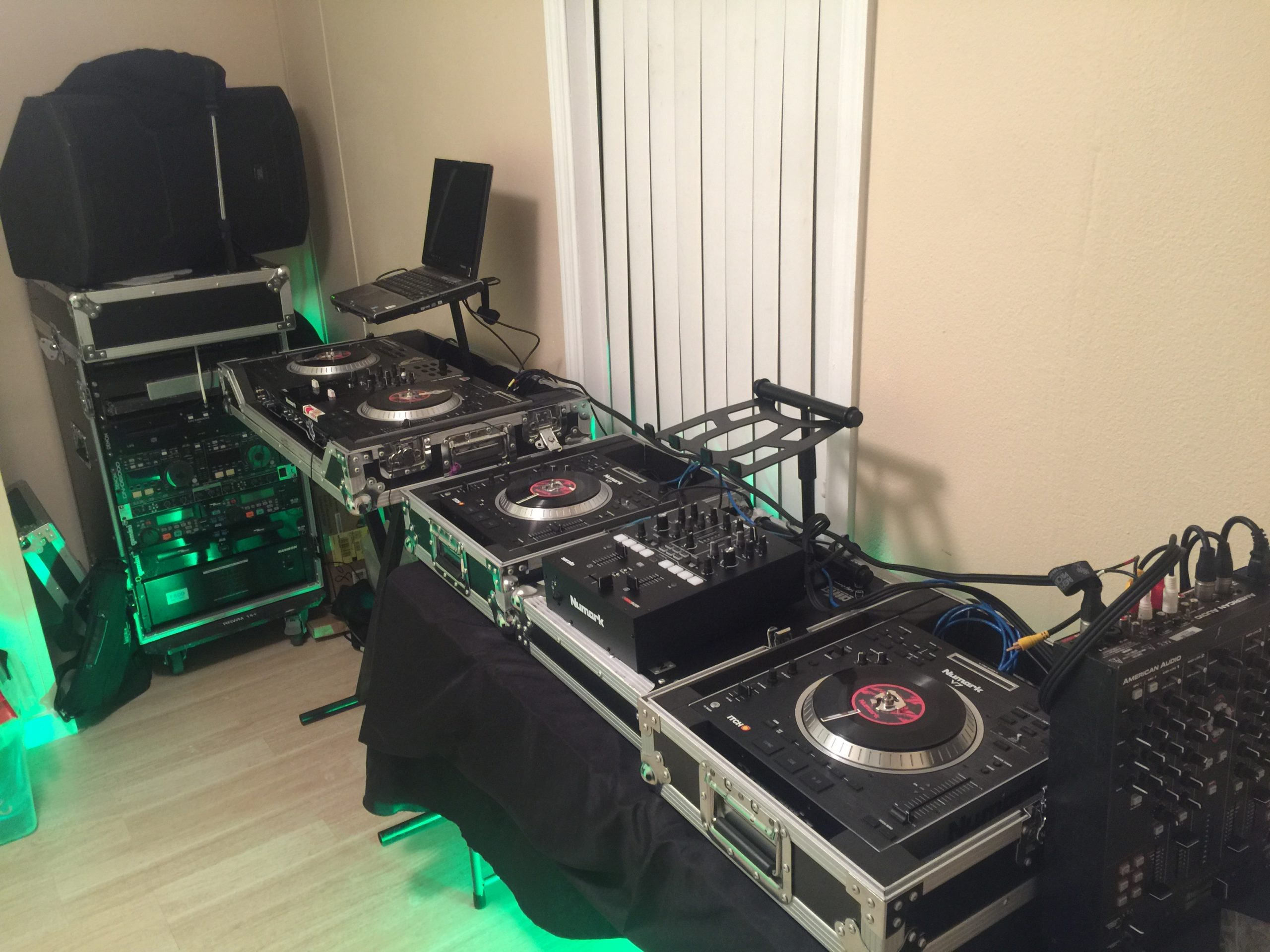 DJ 2RO SET UP